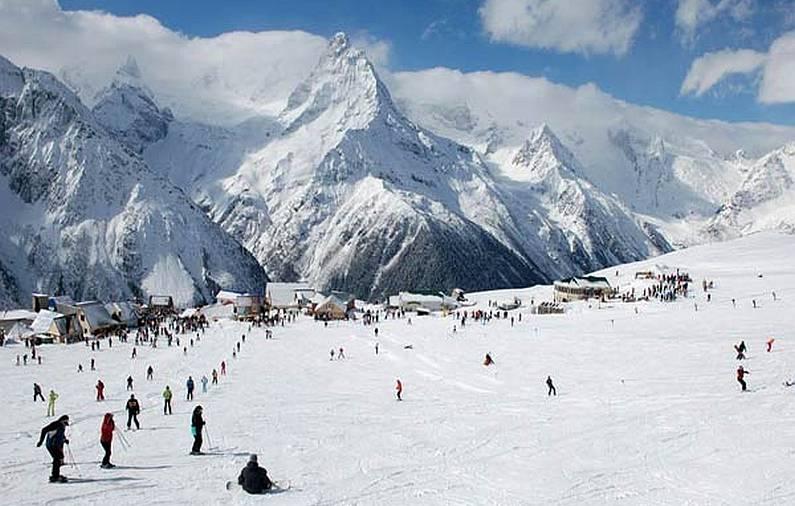 Картинки по запросу горы зимой домбай