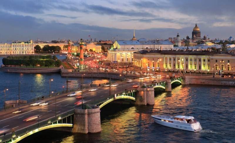 Превосходный Фестиваль света пройдет вПетербурге вдни 100-летия революции