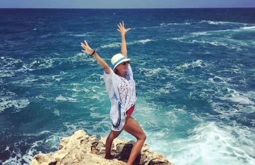Лето на«Сплетнике»: Татьяна Навка проводит дни уморя