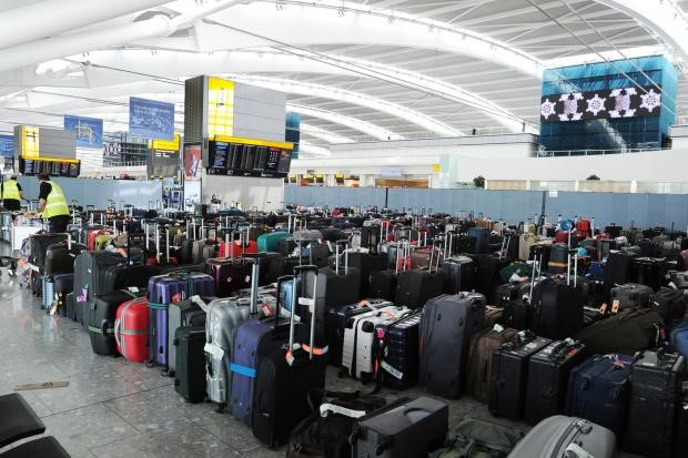НаБританских островах 1,5 тыс. работников компании Swissport отменили забастовку ваэропортах