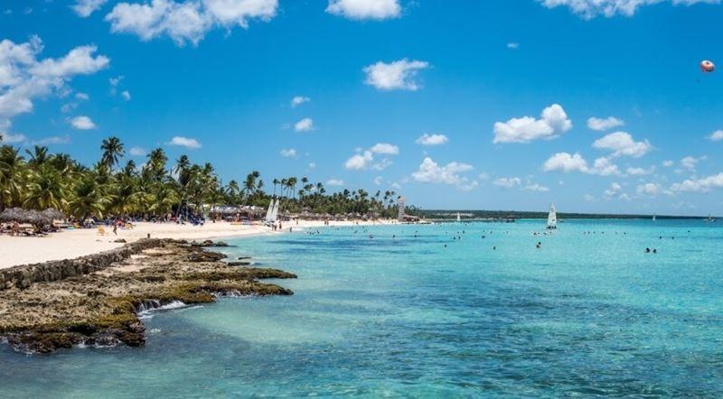 Доминикана продлит возможность въехать в страну по бумажным документам