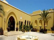 Die umliegenden hotels des madinat makadi wie iberotel makadi