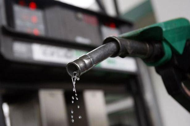 Очередной рост цен на бензин ожидает россиян в ближайшее время. Видео