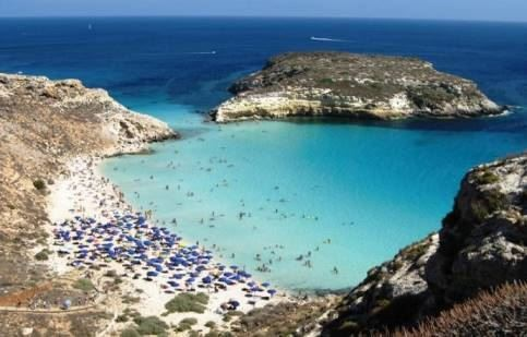 Лето близко. Самые красивые пляжи Италии 2018. ТОП-10