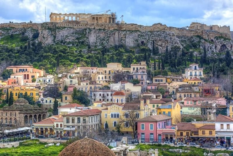 Афины - причудливое столкновение прошлого и настоящего