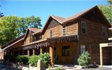 Historic River Forks Inn