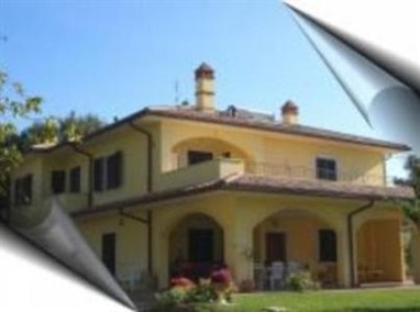 Moschino Bed & Breakfast Foligno