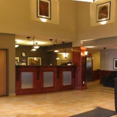 Lakeview Inns & Suites Fort Nelson