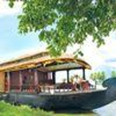 Cosy Houseboats Alleppey