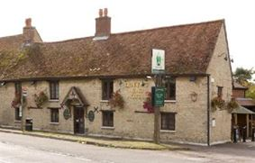 The Queens Head Hotel Milton Ernest