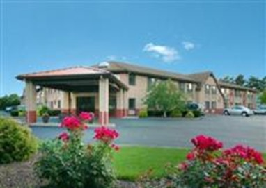 Comfort Inn & Suites West Springfield