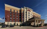 Hampton Inn & Suites Dallas/Lewisville-Vista Ridge Mall