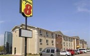 Super 8 Motel Airport South Irving