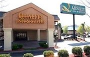 Quality Inn & Suites Six Flags Austell