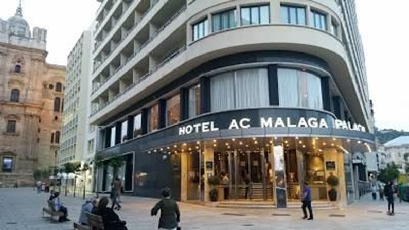 AC Hotel Malaga Palacio by Marriott – стоит своих денег
