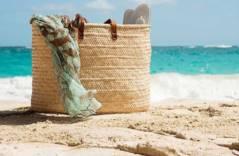 За пределами пляжа – десять вариантов использования пляжной сумки