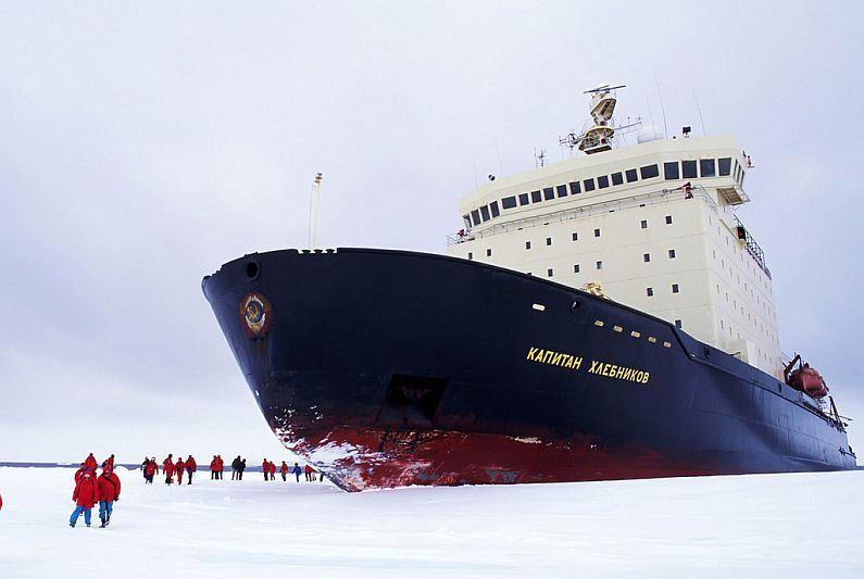 правильно подобрать фото русского ледокола в арктике даже заднеприводный