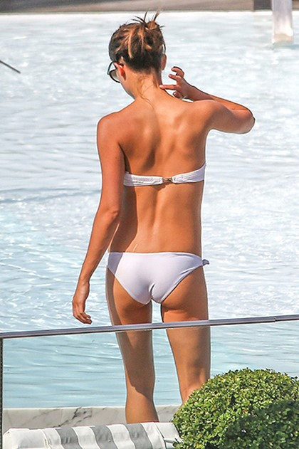 bikini-na-vebkameru