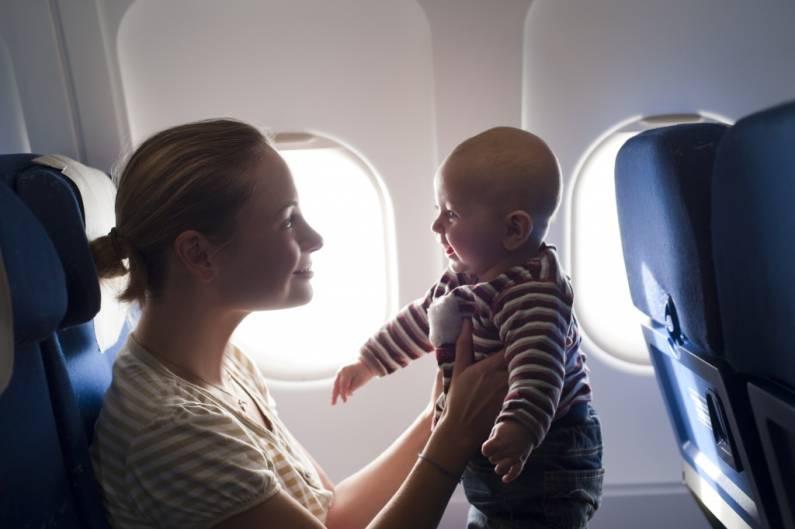 Авиаперелет с грудным ребенком